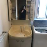 古い洗面台・鏡